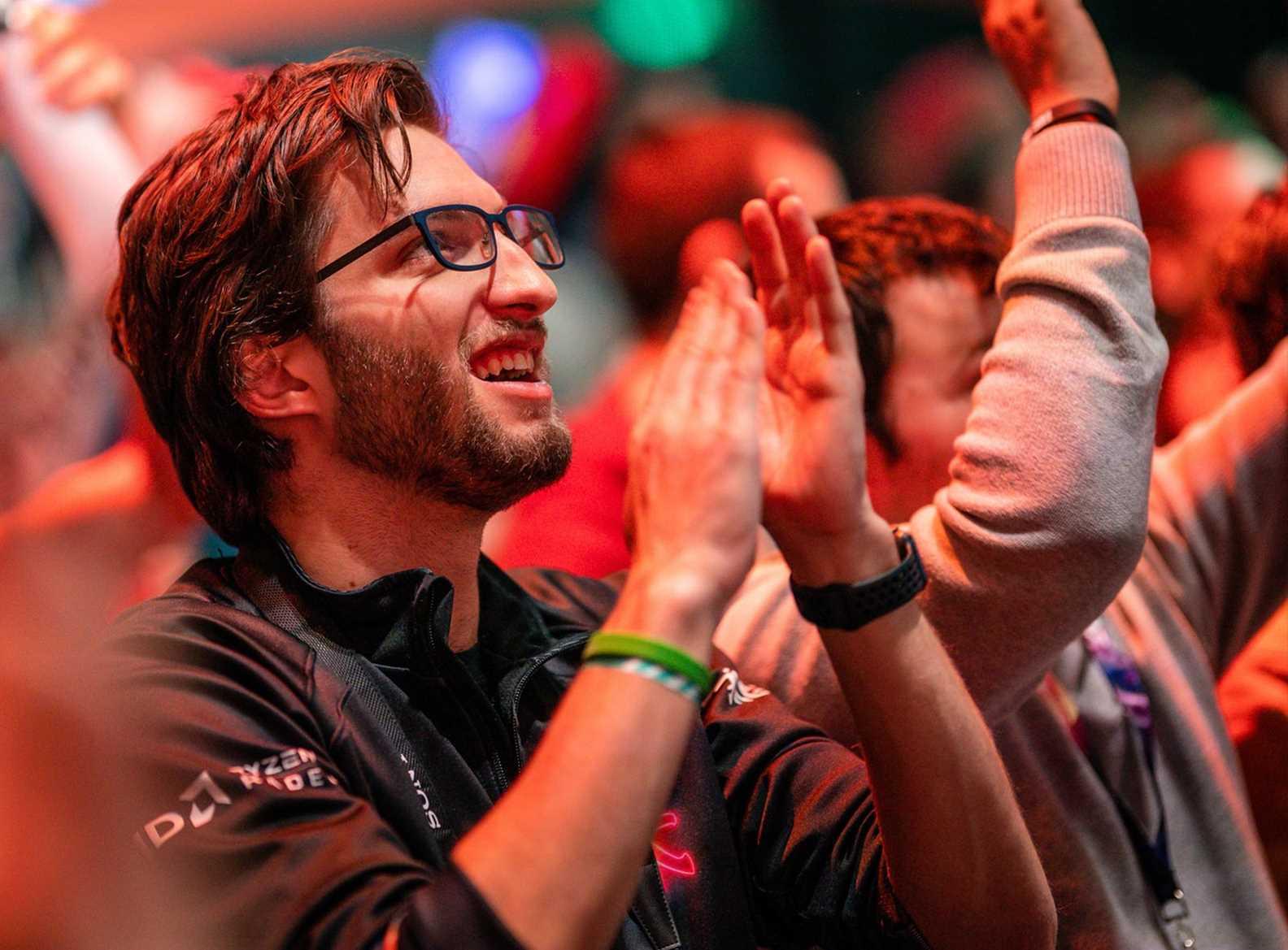 Watch League of Legends European Championship Spring Finals 2019 at